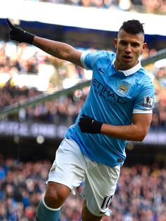 @MCFC A second-half brace from the Argentina international Sergio Agüero put Manuel Pellegrini's side into an unassailable lead, along with Yaya Touré and Raheem Sterling strikes #9ine