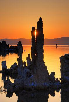 ✯ Mono Lake sunrise, California