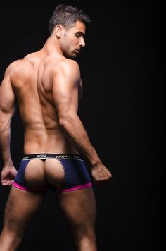 Pablo-Hernandez-Sexual-Andrew-Christian-Underwear-Burbujas-De-Deseo-04.jpg (596×900)
