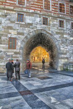Eminonu,ISTANBUL by MustafaSEZER.deviantart.com on @deviantART