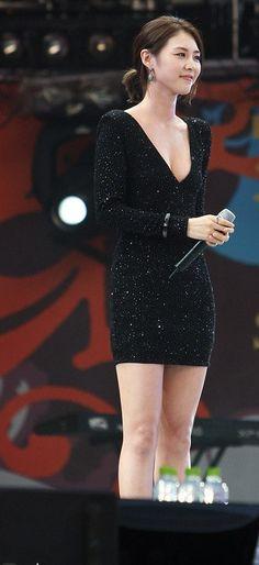 Lee Yeon Hee   Actress http://www.luckypost.com/lee-yeon-hee-actress-85/ #Actress, #CuteGirl, #Korean, #LeeYeonHee, #Luckypost, #可爱的女孩在韩国, #韓国のかわいい女の子, #귀요미