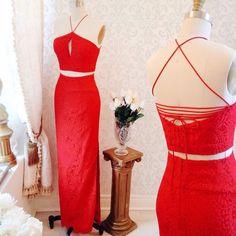 Jerika  8 nouveautés ! Disponible en 2 couleurs au / Available in 2 colors on www.1861.ca Découvrez notre nouvelle boutique soeur @boudoir1861 / Discover our new bridal boutique #boutique1861 #promdress #graduationdress #homecoming #robedebal #prom2016 #reddress #glamour #ootdmontrea #mtlmoments