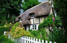 9 best country cottages images casas casa de cuento de hadas rh pinterest cl