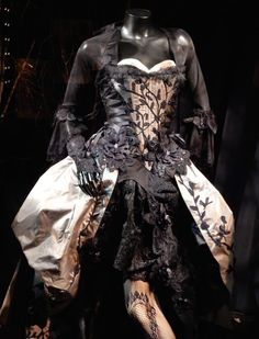 Into the Woods Stepsister Lucinda movie costume
