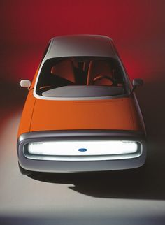 999 Ford 021C by Marc Newson. Well-executed incarnation of modernist/internationalist ideals.