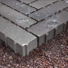European Clay Paver bricks - set extraordinary visual accents in public spaces and private gardens to create a unique and enduring look.