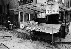 Via del Proconsolo angolo piazza Santa Maria in Campo dopo l'alluvione del 1966.#Firenze