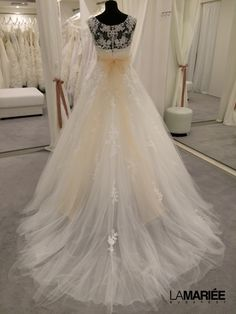 Budapest, Bridal Dresses, Wedding Gowns, Glamour, My Style, Fashion, Dress, Weddings, Bride Dresses