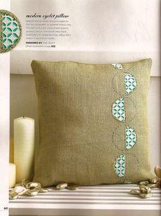 Eyelet cushion