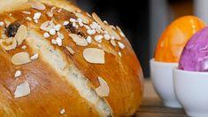 Osterbrot - herrlich fluffig aus Hefeteig - BrotAberLecker Bagel, Happy Easter, Feta, Hamburger, Food And Drink, Bread, Nirvana, Dessert, Outfit