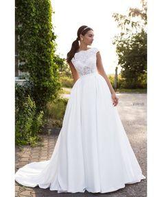MARITA - nádherné luxusné svadobné šaty s čipkovaným vrškom