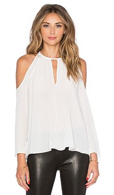 Shop for Amanda Uprichard Jasmine Top in Ivory at REVOLVE. Free day shipping and returns, 30 day price match guarantee. Look Fashion, Fashion Outfits, Womens Fashion, Fashion Trends, Cool Outfits, Casual Outfits, Amanda Uprichard, Top Wedding Dresses, Shirt Bluse