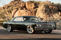 LegendaryFinds - Awesome hot rods and muscle cars from around the web! Chevrolet Chevelle, 1967 Chevelle, Chevrolet Malibu, American Muscle Cars, Rat Rods, Old School Cars, Mustang Cars, Street Rods, Hot Cars