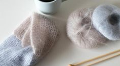DIY / A soft knit headband - Petit-em Bandeau Torsadé, Headband Bandeau, Diy Headband, Knitted Headband, Knitted Hats, Headband Laine, Crochet Christmas Hats, Knit Crochet, Crochet Hats