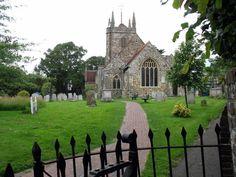 Church with cemetery in Hailsham