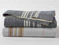 Shop The Ultimate Green Store for a wide variety of Coyuchi's certified organic bedding and clothing, including these soft, Rustic Linen Blankets! Organic Cotton Sheets, Neutral Bedrooms, Trendy Bedroom, Rustic Bedrooms, Textiles, Cotton Blankets, Woven Blankets, Bed Blankets, Chunky Yarn
