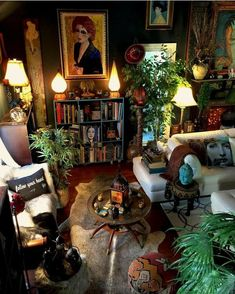 Witch Room, Hippy Room, Dream Apartment, Vintage Apartment, Aesthetic Room Decor, Room Ideas Bedroom, Dream Rooms, Cool Rooms, House Rooms