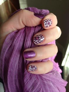 I love leopard print manicures and Flirty Leopard and Fizzy Grape go so well together! Definitely putting them on my Jamberry wish list!!