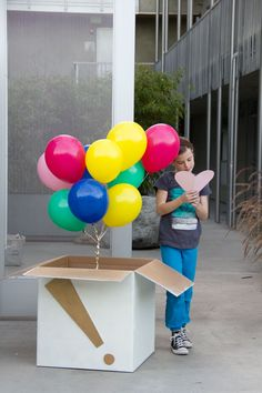 Birthday Box of Balloons. Hmm, maybe for St. Valentine's Day we can surprise the girls with a box of balloons.