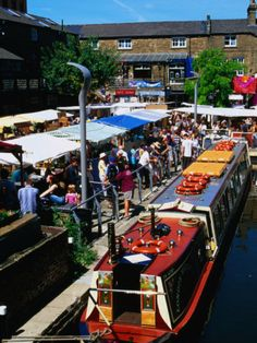 Camden Lock Market, Camden, London    AN EXPERIENCE THAT SHOULD NEVER BE MISSED - I remember this type of scene so well!