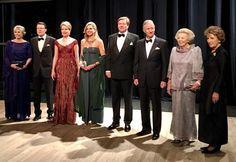 Princess Laurentien, Prince Constantijn, Queen Mathilde, Queen Máxima, King Willem-Alexander, King Filip, Princess Beatrix and Princess Margriet. 29-11-2016
