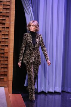 (by: Andrew Lipovsky/NBC/NBCU Photo Bank via Getty Images) Jane Fonda in leopard print - she looks amazing!