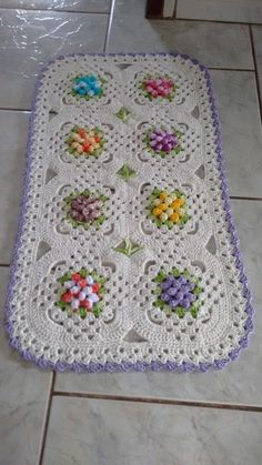 Brazilian Crochet And Handicraft Freeform Crochet, Crochet Granny, Crochet Doilies, Free Crochet, Crochet Baby, Knit Crochet, Crochet Carpet, Crochet Square Patterns, Square Rugs