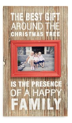 Charming Picture Frame http://rstyle.me/n/s9rxabh9c7
