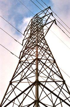 Torre de transmisión de energía eléctrica.