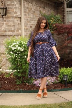 Because floral prints are a must have for spring  #willowdress www.theskirtsociety.com