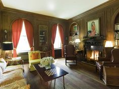 Apt. 4/5C when it was owned by Randolph and June Speight. (it was put on the market after his widow died in 2008). It was bought for 19M by Jonathan Sobel of Goldman Sachs.