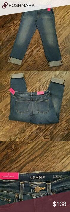 SPANX 5 Pocket Boyfried Jeans. Final Markdown. SPANX Jeans Boyfriend