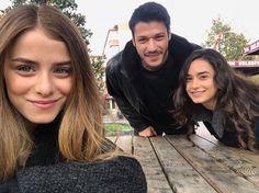 Kubilay Aka & Ece Yaşar Celasun <•••>