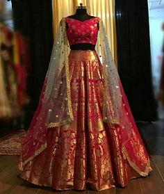 The Only List Of Online Websites You Should Shop Indian Wear From Ballkleid Benarsi Bridal Lehenga. Indian Fashion Dresses, Indian Bridal Outfits, Indian Gowns Dresses, Dress Indian Style, Indian Designer Outfits, Bridal Dresses, Designer Dresses, Indian Wear, Indian Wedding Gowns