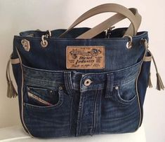 Jeans pockets - Diy And Craft Denim Bag, Denim Jeans, Reuse Jeans, Recycled Denim, Purses And Bags, Pocket, Ideas, Denim Purse, Comfortable Flip Flops