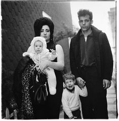 """DIANE ARBUS: """"Arbus's Box of Ten Photographs"""" (2003) - Since 2008, AMERICAN SUBURB X   Art, Photography and Culture that matters."""