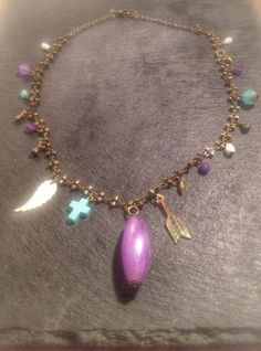 "Collier en bronze, agate, nacre, corail blanc et turquoises (collection ""Gypsy Ibiza"")"