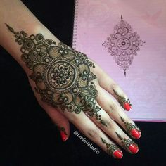 Cute mehndi design