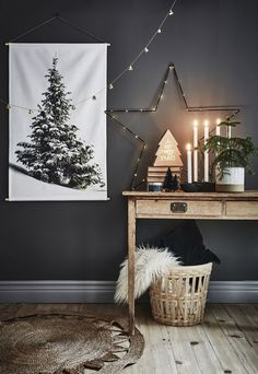 Christmas decor in black and white Scandinavian Scandinavian style black and white Christmas deco Christmas Mood, Christmas And New Year, Xmas, Christmas Christmas, Modern Christmas, Simple Christmas, Christmas Salon, Christmas Wreaths, Christmas Crafts