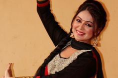 Shafaq Naaz in Hot Clothes - Shafaq Naaz Rare and Unseen Images, Pictures, Photos & Hot HD Wallpapers