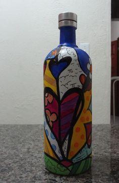 Wine Bottle Art, Painted Wine Bottles, Painted Jars, Diy Bottle, Wine Bottle Crafts, Bottles And Jars, Glass Bottles, Bottle Chandelier, Recycled Wine Corks