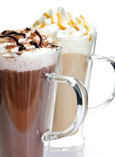 Sleep tips for teens: Caffeine side effects can linger into evening hours making it difficult for teens to fall asleep. How To Lower Cortisol, Lower Cortisol Levels, Insomnia Causes, Hot Chocolate Bars, Baileys, Natural Cures, Coffee Time, Caffeine, Drinks
