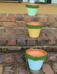 How to Moss Emboss Ordinary Clay Pots for a Fabulous New Look - Why not make something ordinary into something fun and fabulous?