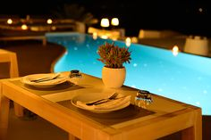 Dinner table at the pool restaurant, Katikies Hotel, Santorini, Greece. Dinner Table, Restaurant, Santorini Greece, Table Decorations, Bar, Home Decor, Image, Style, Dinning Table
