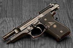 Beretta 92f. My second pistol, so sweet. Find our speedloader now! http://www.amazon.com/shops/raeind