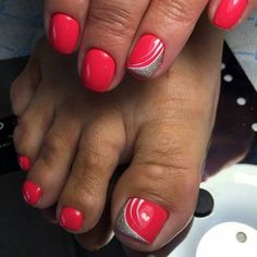 easy diy summer nails Style in 2020 Pedicure Nail Art, Pedicure Designs, Toe Nail Designs, Nail Polish Designs, Pretty Toe Nails, Cute Toe Nails, Fancy Nails, Toe Nail Color, Toe Nail Art