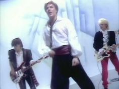 Director Russell Mulcahy and Duran Duran's John Taylor Look Back on Their Classic Music Videos August Rush, Freddie Highmore, Roger Taylor, John Taylor, Duran Duran Albums, Trailer Peliculas, Blitz Kids, New Wave, Simon Le Bon