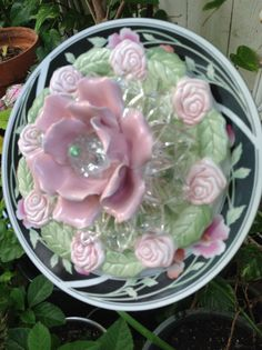 WOW...this one turned out awesome! MiMi's Plate Flowers