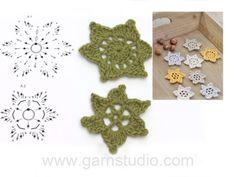 Crochet stars for Christmas in DROPS Muskat.