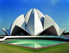 Visit the Most Popular Places of India: Golden Triangle Tour Packages